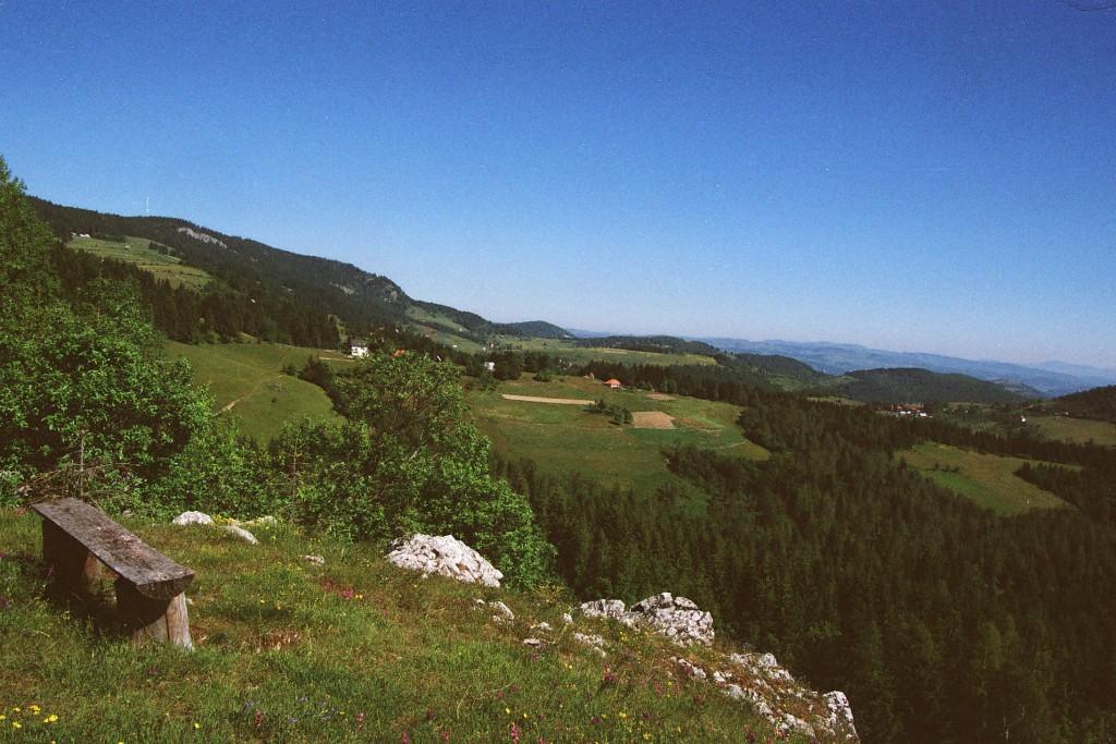 Prelepi pogledi sa mnogo planinskih vidikovaca na Kamenoj Gori.